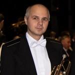 Солист Алексей Стародубов (корнет)