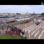 Адмиралтейский оркестр на возложении цветов к памятнику Петру I на Сенатской площади